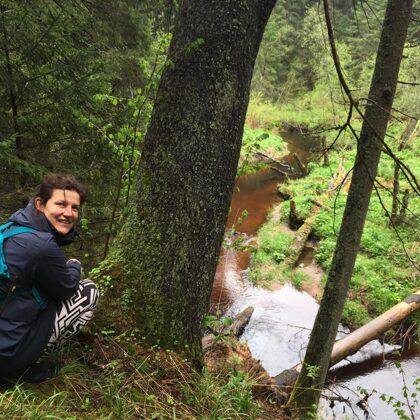 Zanda Skeltona - pavadone, maltīši burve dabā